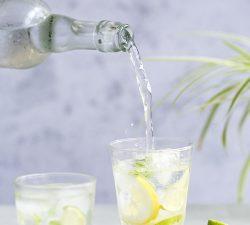 Koľko vody treba vypiť, pitný režim